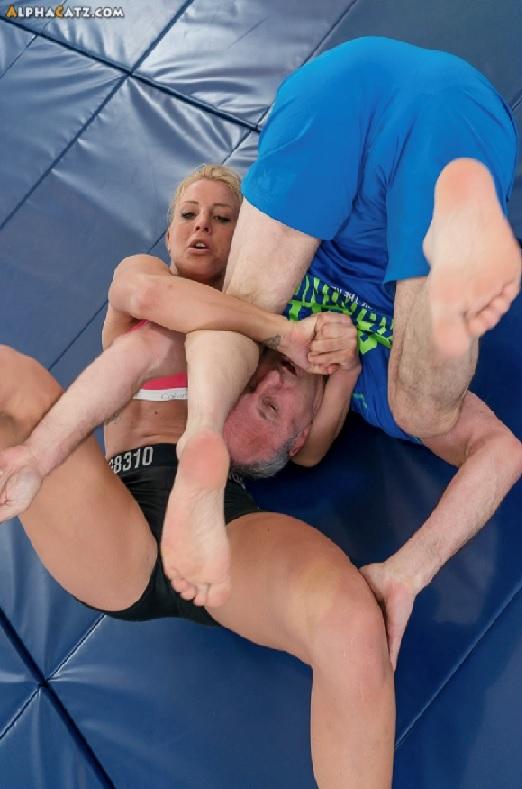Sheena Wrestling 12